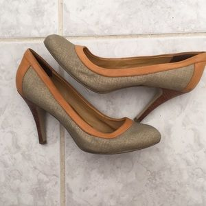 Tan & Gold Nine West Heels